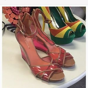 Via Spiga plexy red and brown wedges